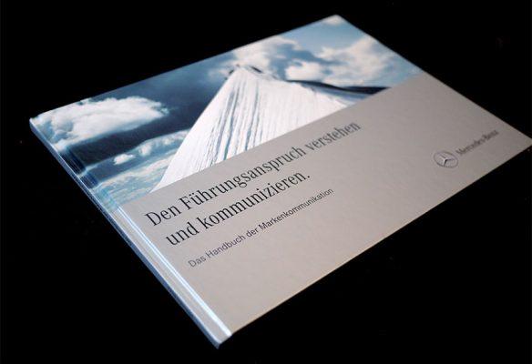 Mercedes // Buchcover
